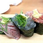 沼津魚がし鮨 - 駿河三種