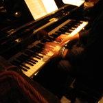 サムタイム - ピアノはすぐそこ
