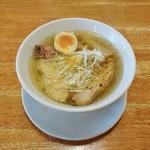 麺や来味 - 極み天然清湯塩らぁ麺 810円