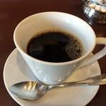 アートカフェ エレバート - 芳醇な香りのコーヒーです