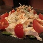 地鶏と焼酎 とりちゅう   - サラダ