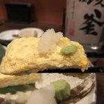 地鶏と焼酎 とりちゅう   - 出汁巻玉子
