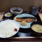 魚竹 - 銀鮭漬けまぐろ定食