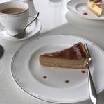 鳥羽国際ホテル カフェ&ラウンジ - コーヒーのチーズケーキ