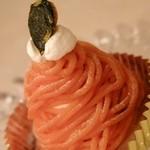 """洋菓子舗ウエスト 青山店 - """"かぼちゃのモンブラン(452円)"""""""