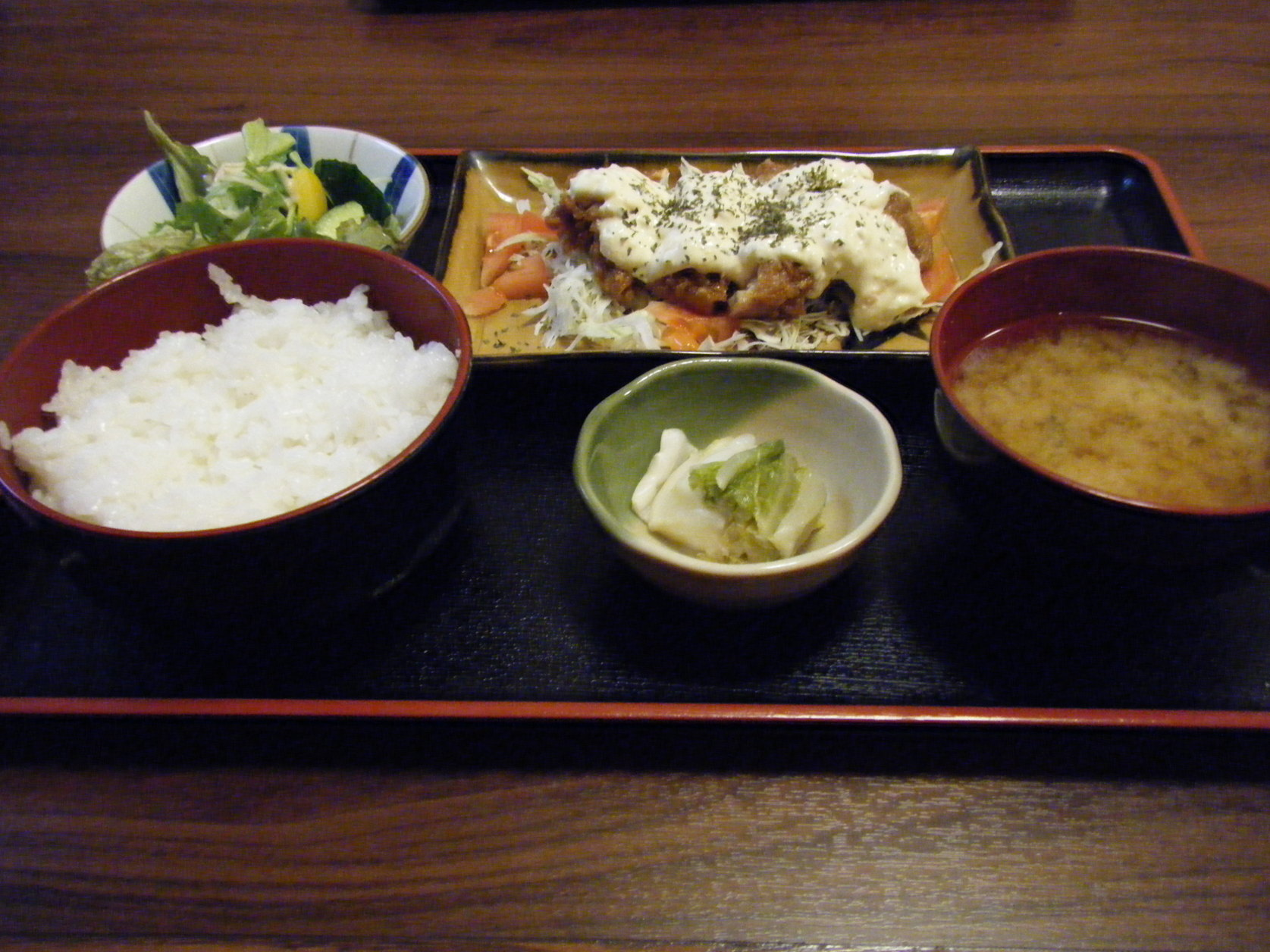 三好弥 鶏料理店
