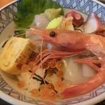 兵四楼 - 海鮮丼(1,200円)
