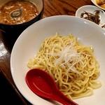 85801331 - 濃厚煮干しつけ麺