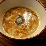 85801346 - 濃厚煮干しつけ麺 スープ