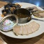 肉のヒマラヤ Teppan 赤坂店 - 肉のヒマラヤ Teppan 赤坂店(東京都港区赤坂)海鮮盛合せ 2,600円