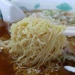 若葉 - 細縮れ麺リフト