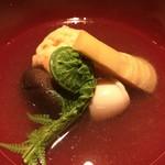 割烹 うづき - 真薯 鯛の白子 筍 こごみ 椎茸