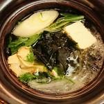 ホテルニューアワジプラザ淡路島 - 桜鯛と春レタスのしゃぶしゃぶ鍋