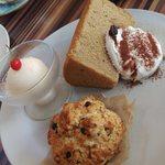 スマイル珈琲 - デザートの盛り合わせのプレート