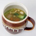 ワルン・マタハリ - バリ風肉だんごスープ