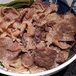 85810025 - 脂身が苦手な私でも、甘くやわらかく頂ける上質なお肉でした。これでも大きな一枚を食べたあとです。