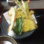 豊味うどん - 天ぷらサクサク