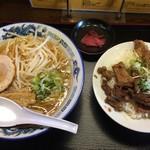 風龍 - しょうゆラーメンとミニ牛すじ丼セット