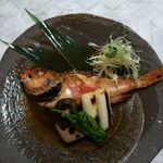 完全個室と創作和食 椿屋 - 鮮魚の煮付け(カサゴ)