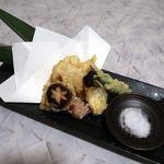 完全個室と創作和食 椿屋 - 天ぷら盛り合わせ