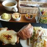 ロティサリー・カフェダイニング マハナ - 料理写真: