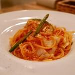 パプリカ食堂ヴィーガン - 季節野菜のピリ辛アラビアータスパゲティ
