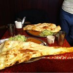 ネパールキッチン Kathmandu - 全体像♪ はみでてるの笑
