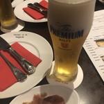 85833540 - 生ビール&生ハム(お通し)