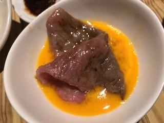 大阪屋 浜町店 - 焼すきを玉子にイン