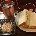 上島珈琲店 - コールスローサンドランチ