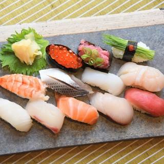 【熟練の職人技】〆にも人気の握り寿司