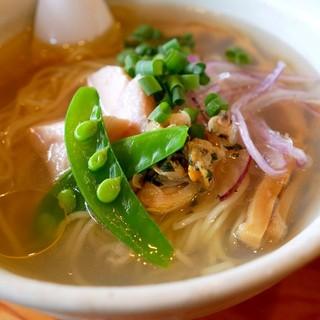 麺堂HOME - 料理写真:「あさり香る冷製塩らーめん」800円