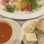 チェリージャム - 前菜盛り合わせ (´∀`)/ パン トマトスープ