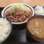 かしわや - 鶏唐揚げ定食 700円
