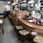 つけ麺 ラーメン ヤゴト55 - シンプルな和の空間
