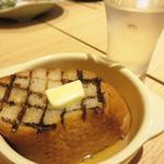おでんと日本酒 卸 - フランスパンのおでん。