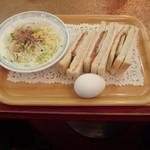 カフェ&レストラン談話室 ニュートーキョー - モーニングセットB(590円)焼きサンドイッチセット
