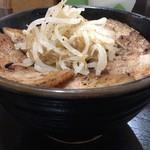 ぶたや - ぶた丼(中)