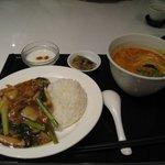 8586354 - 麺・飯セット