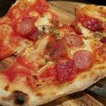 ポポラート - サラミソーセージピザ