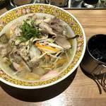 ラーメン めし 芦田屋 - 肉チャンポン&冷コー