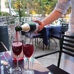 BISTRO FAVORI - 葡萄ジュースの泡立ち