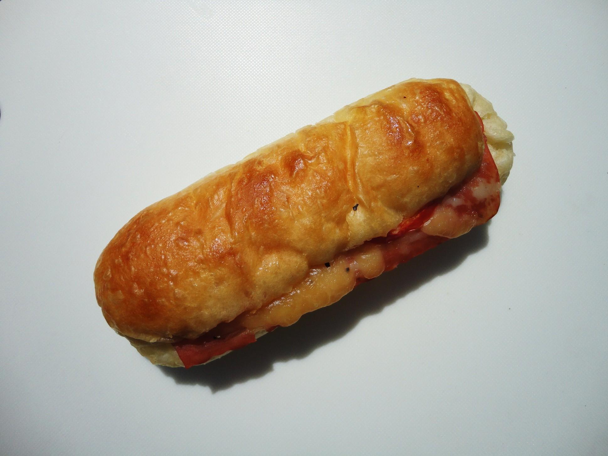 南欧風焼きたてパン ぜぺっと