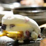 イタリアン&グリル アクア イルフォルノ - ギモーヴドーム 焼きマシュマロと季節フルーツ