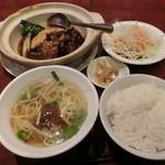 85871795 - 豚角煮と青菜の定食セット850円