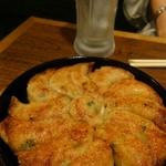 85872252 - 鉄板餃子