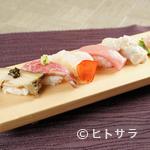 和食 浜木綿 - 鮑や松阪牛、伊勢海老など地元の食材寿司で堪能