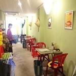 ベトナム料理コムゴン - 店内