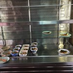 ヤマトモチスエヒロ食堂 - ショーケース