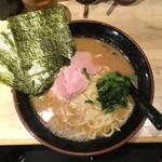 麺家 あくた川 - らーめん(中) 750円